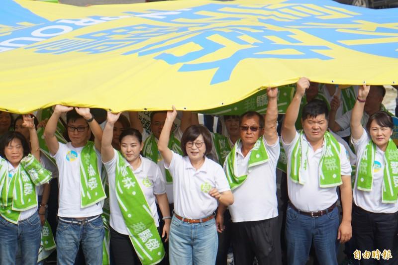 立委蘇治芬表示,雲林海區是台灣最艱困選區,每天都要戰戰兢兢面對。(記者詹士弘攝)