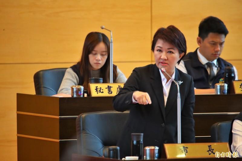 針對民進黨議員指市府成為競選總部,台中市長盧秀燕表示,這是公然抹黑,與事實不符。(記者張菁雅攝)