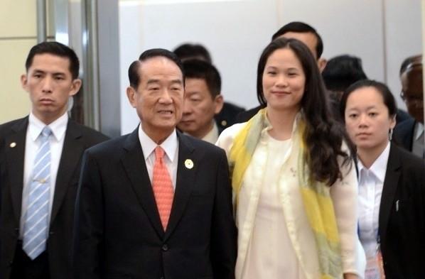 親民黨總統候選人宋楚瑜與其女兒宋鎮邁何時合體造勢?引發各界關注。(資料照)