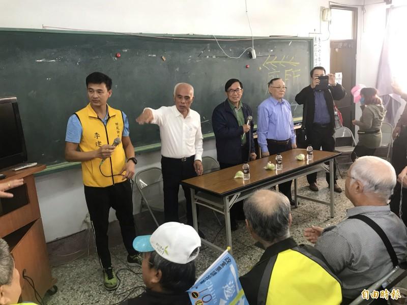 前總統陳水扁今天到彰化與老朋友見面。(記者顏宏駿攝)