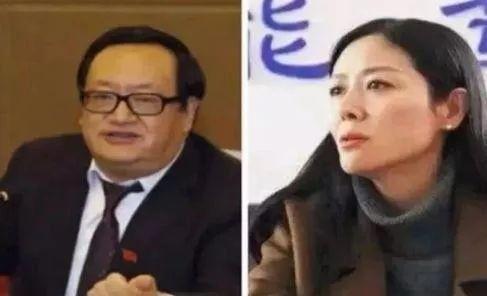甘肅省武威市前副市長姜保紅與武威市前市委書記火榮貴(左)去年初被「雙開」,隨後遭逮捕。(翻攝自微博)
