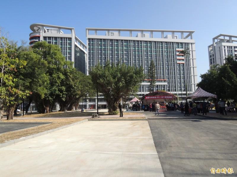 新竹市政府社會處規劃的「一區一公托家園」的目標,目前在北區已開設,並在25日收托,而在東區,也在金城青創宅規劃可收托25人的公托家園,預計明年可完成。(記者洪美秀攝)