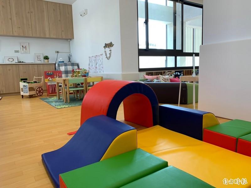 新竹市府在北區南勢社會福利館規劃的第一間公托家園,將收托12名0-2歲的嬰幼兒。(記者洪美秀攝)