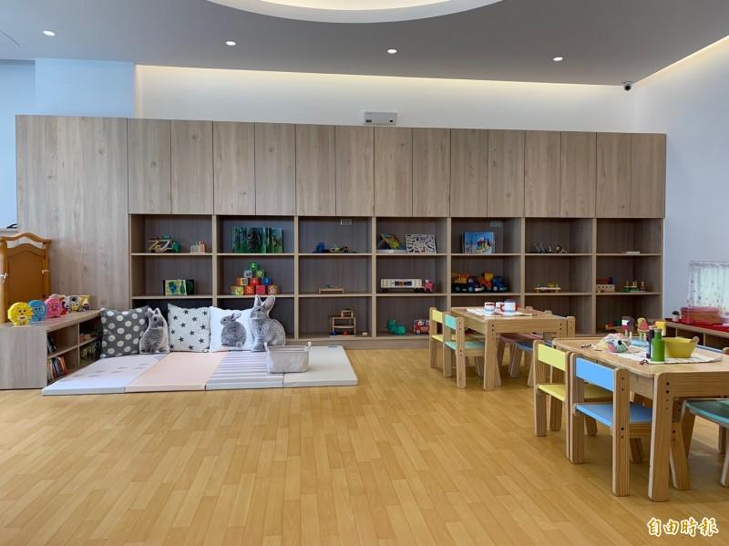 新竹市府在北區南勢社會福利館規劃的第一間公托家園,下週二、25日就會啟用。(記者洪美秀攝)