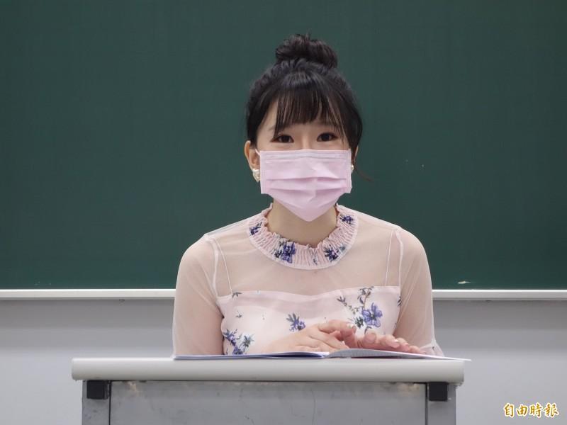 補教老師林熹(見圖)認為,今年國中會考雖不考英聽,但閱讀難度沒有想像中大幅提升,考生要拿A++只能容錯1題,A+錯2題,A容錯3題。(記者吳柏軒攝)