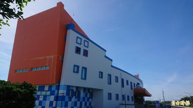 南區「黃金海岸方舟」(船屋)是避開市區塞車觀賞國慶煙火的地方,將列入觀賞點。(記者洪瑞琴攝)