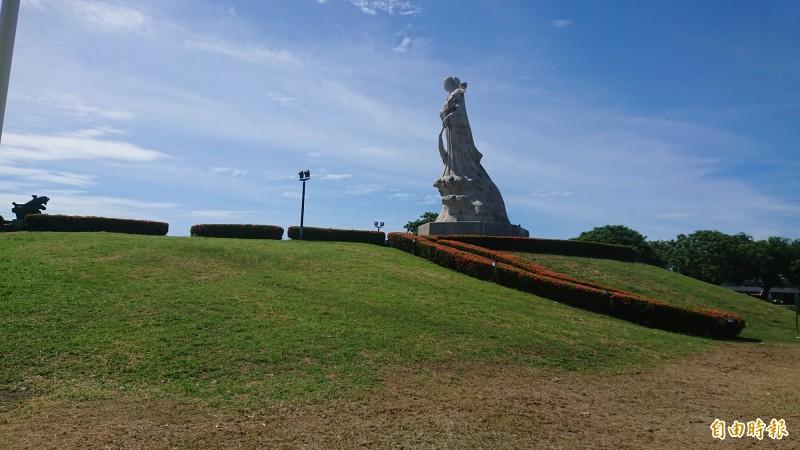 安平林默娘公園視野佳。(記者洪瑞琴攝)