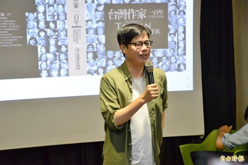 陳其邁提及台灣疫情若沒控制好,會以防疫為重,可能不會參加高雄市長補選。(記者許麗娟攝)