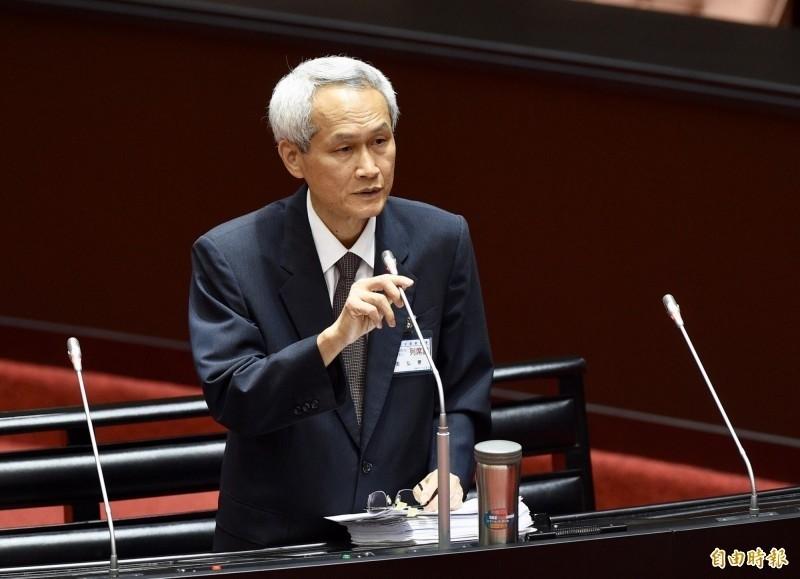 立法院投票同意由銓敘部長周弘憲(見圖)出任第13屆考試院副院長。(資料照)