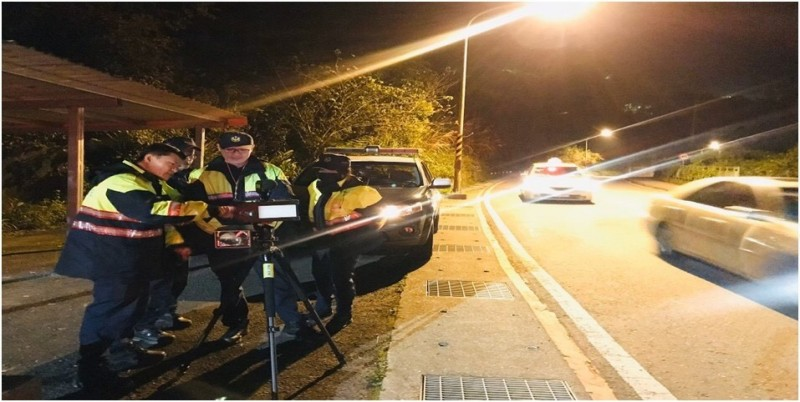 基隆市警察局7月1日起取締車輛超速案件至今已高達3453件(記者吳昇儒翻攝)