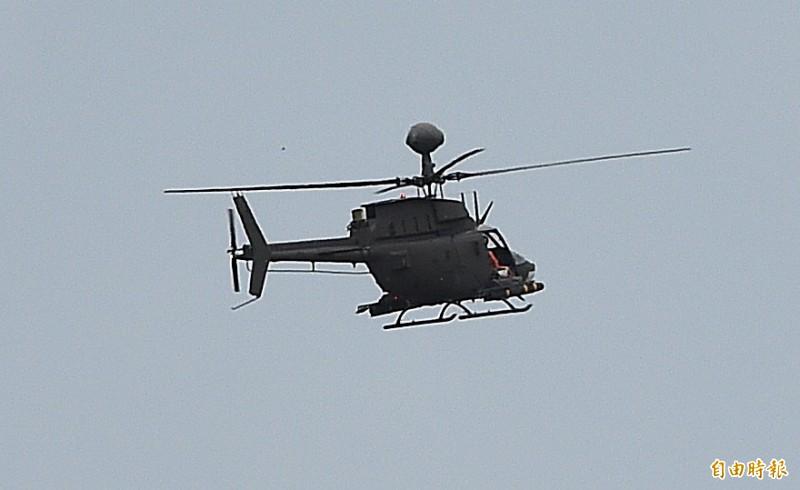 航特部一架OH-58D戰搜直升機16日執行漢光演習操演後,約下午3時30分在新竹空軍基地發生重落地意外,圖為發生重落地意外的0H-58D戰搜直升機(機號:616)在漢光演習中操演。(記者廖振輝攝)
