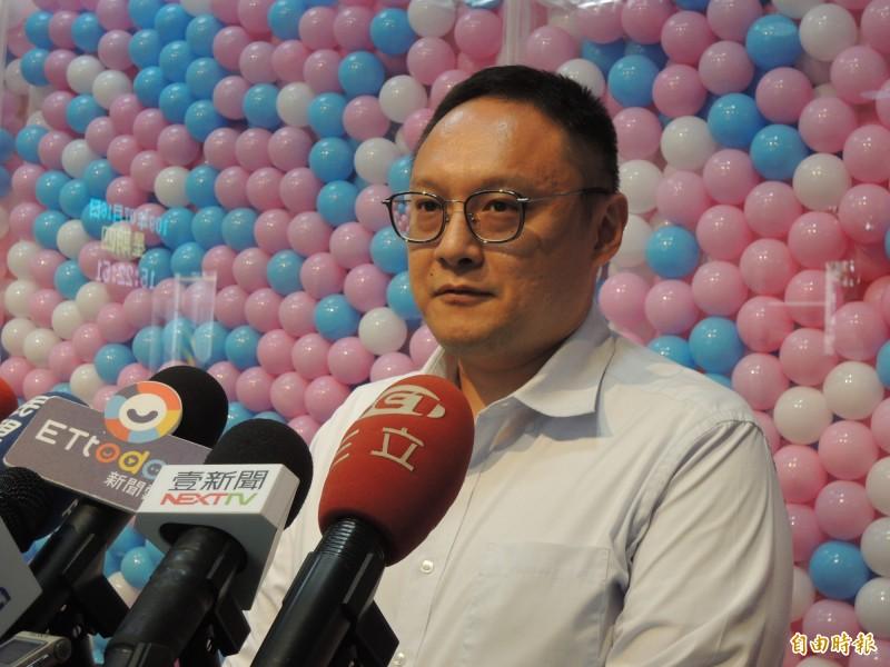 台灣民眾黨民調高雄市長候選人討厭度,李眉蓁與陳其邁分居一、二,鄭照新酸如果沒好惡可言,等於沒存在感。(記者王榮祥攝)