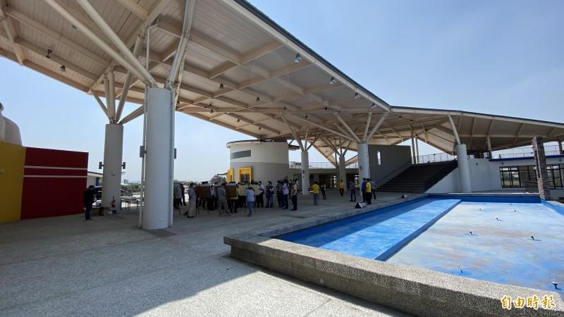 西拉雅官田遊客中心的特色主建築。(記者楊金城攝)