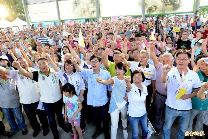 陳其邁大旗山後援會成立大會現場非常熱鬧。(記者許麗娟攝)