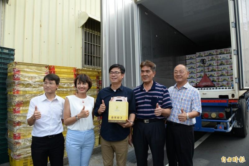 高雄香蕉今年外銷日本較去年同期成長8.8%。(記者許麗娟攝)