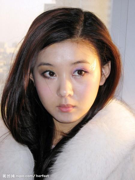 中國網路盛傳,美女主持人李小萌也捲入周永康案。(圖擷自取網路)