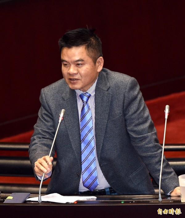 民進黨立委莊瑞雄表示,黃安返台就醫讓全民爆氣,就連台大婦產科醫生施景中也痛批黃安是「抓耙子」。(資料照,記者羅沛德攝)