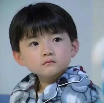 王欣逸小時候相當可愛。(圖取自網路)
