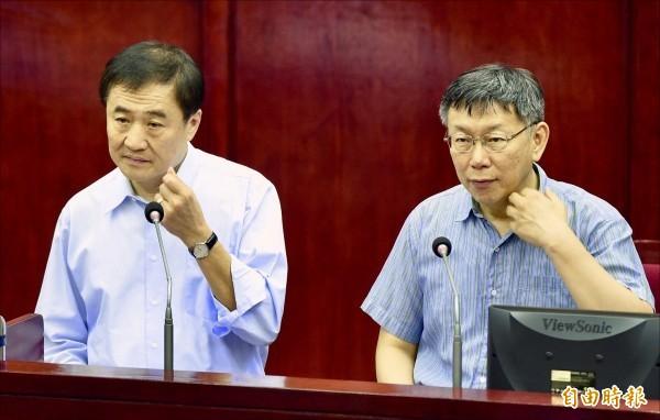 台北市副市長陳景峻原本打算請辭,後來發聲明「繼續秉持服務市民、推動市政為己任」、「我選擇留下,讓白綠合作繼續」,選擇留任。(資料照)