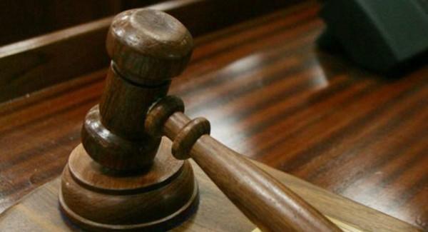 美國數家律師事務所將法學院畢業生起薪調到19萬美元(約台幣565萬元)。(路透)