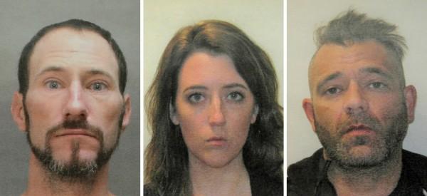 3人皆遭逮捕,恐面臨5至10年監禁。(美聯社)