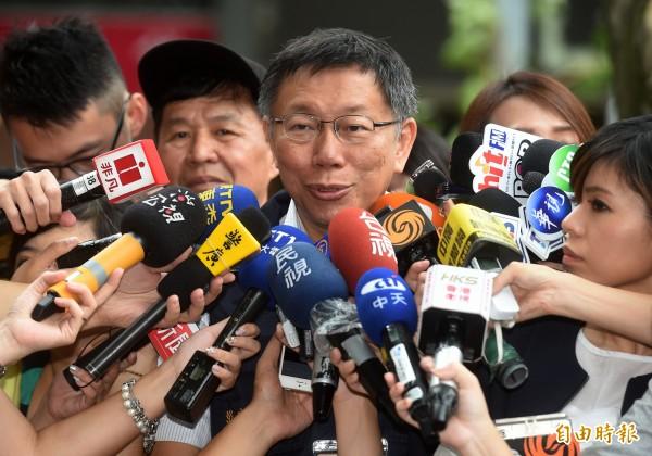 北北基3首長放颱風假爭議持續延燒。(記者簡榮豐攝)