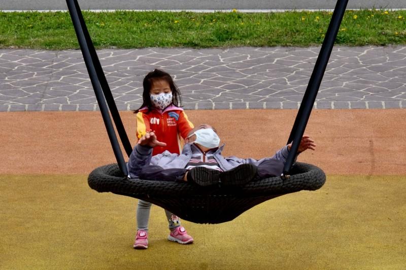 德國媒體《德國之聲》訪問在台德人分享台灣的各項防疫措施,皆大讚「在台灣反而覺得安全」。圖為示意圖。(法新社)
