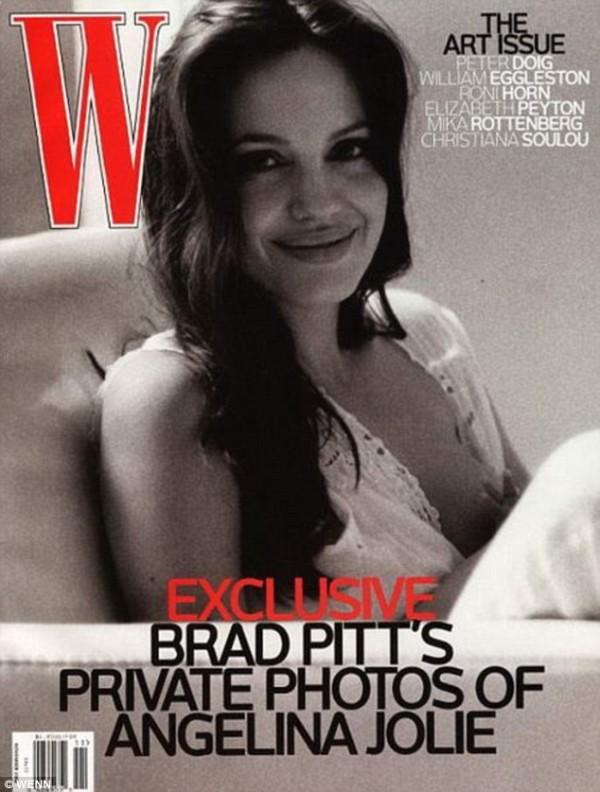 名人當媽之後登上雜誌封面已經不是第一次了,女星安潔莉娜‧裘莉也曾為雜誌寬衣解帶。(圖擷自《每日郵報》)
