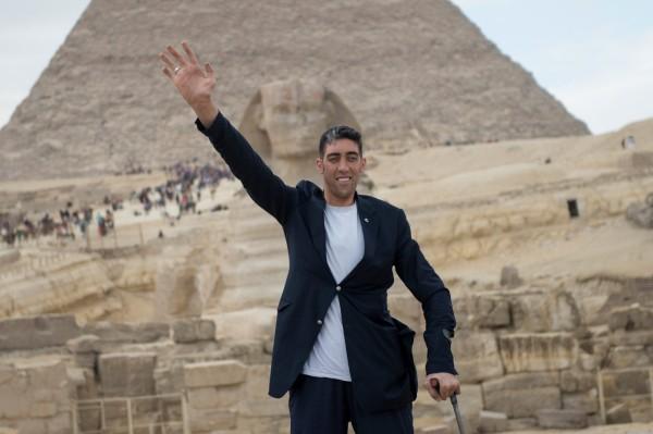 全球最高男子身高為246.5公分。(歐新社)