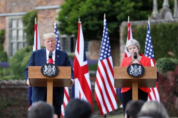 美國總統川普近日在接受媒體採訪時聲稱,移民讓歐洲大陸「逐漸失去自身文化」,甚至批評讓這一切發生的歐洲領導人們相當「可恥」。(歐新社)