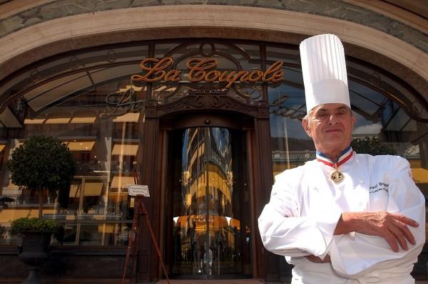 生於1926年的包庫斯從9歲起就跟著父親學習烹煮小牛腰子,曾師事名廚布昂(Fernand Point)。(歐新社)