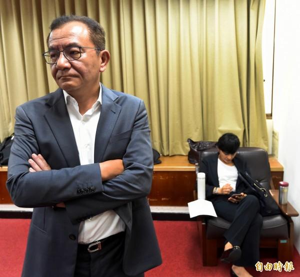 高志鵬批評,法務部長邱太三若事事聽從事務官的建議,做法都跟藍營一樣,「跟國民黨的法務部長有什麼不一樣?」(資料照,記者朱沛雄攝)