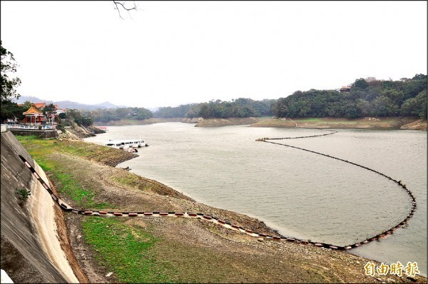 明德水庫目前蓄水率大約5成。(資料照)