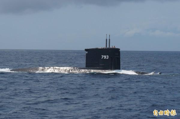 中科院傳出已和與美商洛克希德馬丁公司進行最後合作技術意向書討論,若一切順利,可望在7月底簽約。圖為海軍海龍號潛艦。(資料照)