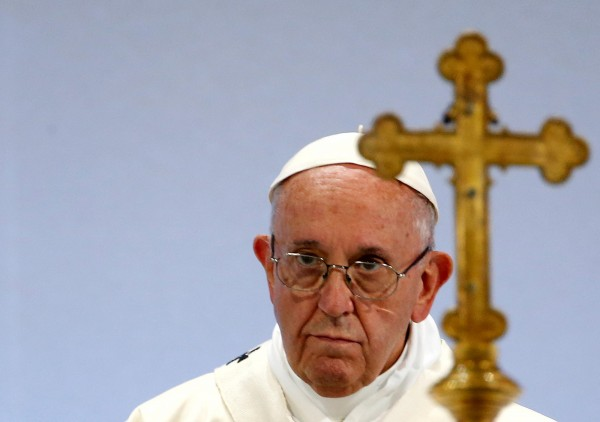 德國主教會議委託調查的一份報告指出,近70年來,德國有超過3600名兒童遭到天主教神父性虐待。圖為天主教教宗方濟各。(路透)