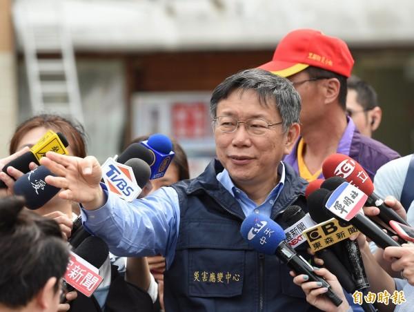 針對北市警中山分局一派出所爆出長期收賄,包庇酒店業者經營色情,台北市長柯文哲說,這是系統性問題,一定要處理。(記者方賓照攝)