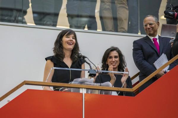 《紐時》記者坎特(右2)率領的團隊,和《紐約客》撰稿人法羅連環爆料,成功扳倒了好萊塢大亨溫斯坦。(美聯社)