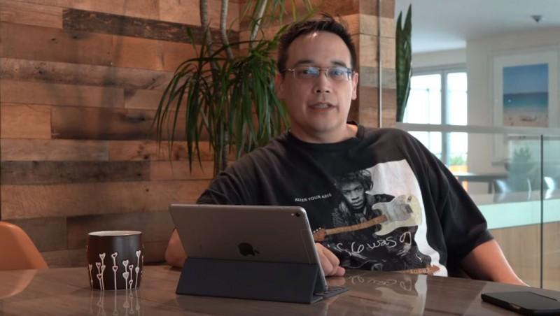《魔獸世界》創始首席設計師馬克(見圖)今(9)日在推特上宣布,將刪去《魔獸世界》遊戲。此外,馬克更爆料,中資早已入侵美國遊戲界,他就曾因拒收一筆200萬美元的賄賂,被迫離開自己創立的工作室。(擷取自YouTube頻道「Em-8ER Massive Planetary Wargame」)