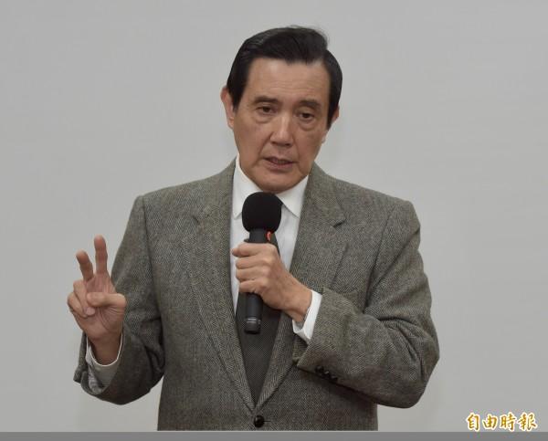 曾經擔任蔣經國英文秘書的前總統馬英九,明天將到國民黨中常會做專題演講,談蔣經國對台灣的貢獻。(資料照,記者黃耀徵攝)