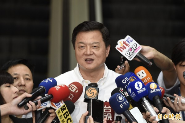 國民黨6日公布新北市長初選結果,圖為周錫瑋。(記者叢昌瑾攝)