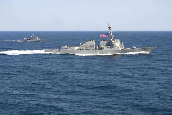 南海局勢中,美中關係緊張。圖為美國拉森號驅逐艦。(歐新社資料照)