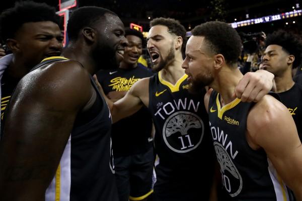 NBA》柯瑞、K湯聯手發威 勇士克服17分落後逆轉勝拓荒者