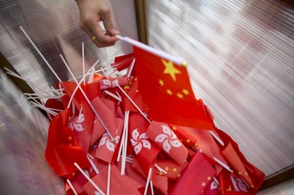 英國解密檔案指出,李光耀曾建議香港聚集20萬菁英威脅中國,若損害一國兩制便出走。(歐新社)
