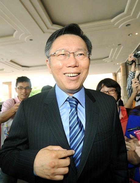 傳無黨籍台北市長參選人柯文哲也被監聽!(資料照,記者方賓照攝)