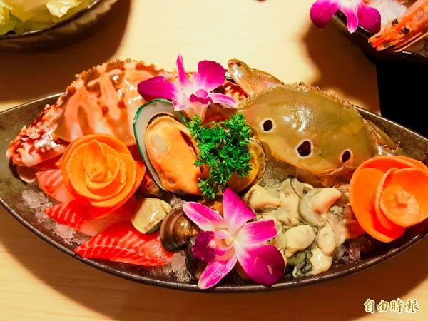 店內的萬里蟹鍋是目前的季節性限量產品,老闆親自去基隆漁港挑選,每天只有一定的數量,賣完就沒了。(記者楊心慧攝)