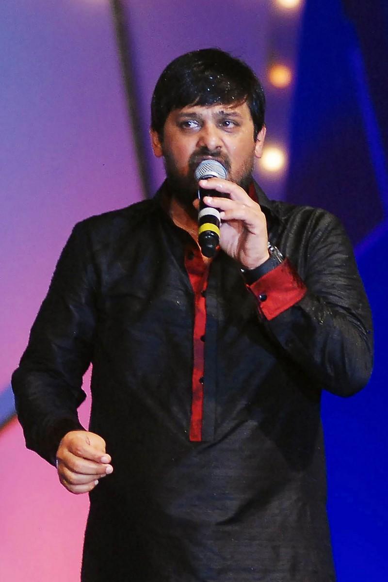 印度媒體報導,寶萊塢知名作曲家瓦吉德汗(Wajid Khan)死於武漢肺炎。(法新社資料照)
