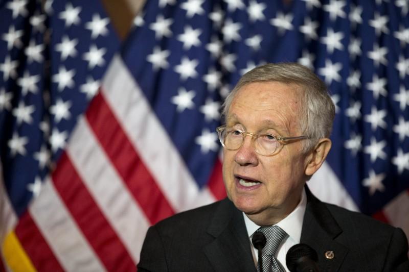 前美參議院多數黨領袖瑞德表示,UFO目擊事件是「全球性現象」,五角大廈已是時候公開UFO機密檔案。(美聯社)