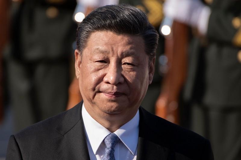 中國暫停發放47省市來台自由行的簽證,對此名嘴黃創夏則點出,其實是因為習近平和中共「非常害怕」。圖為習近平。(法新社)