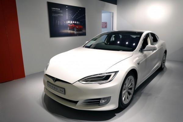 衝刺Model 3?馬斯克透露將停賣低階Model S、X