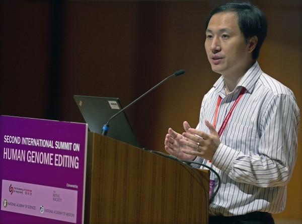 賀建奎曾於去年11月在香港舉辦的「第2屆人類基因組編輯國際峰會」上揭露,可能會有第2胎基因編輯嬰兒出生。(歐新社)